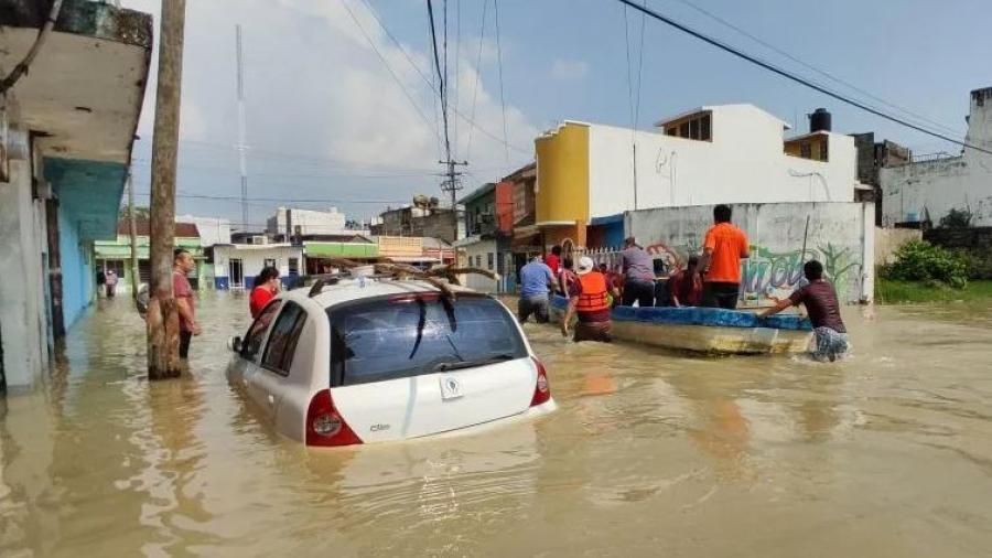 """Se eleva a 27 el número de muertos en el sureste de México tras el paso de """"Eta"""" y frentes fríos"""