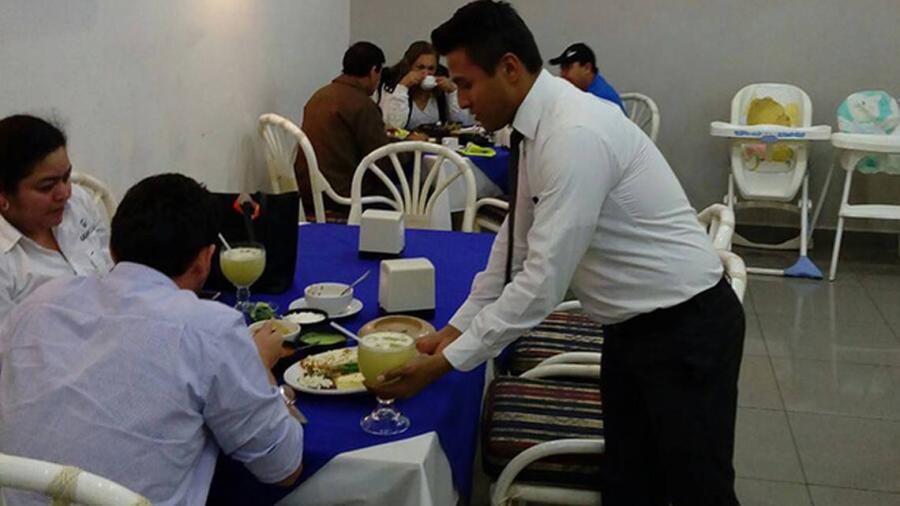 Municipios apoyaran a la industria restaurantera para su reapertura