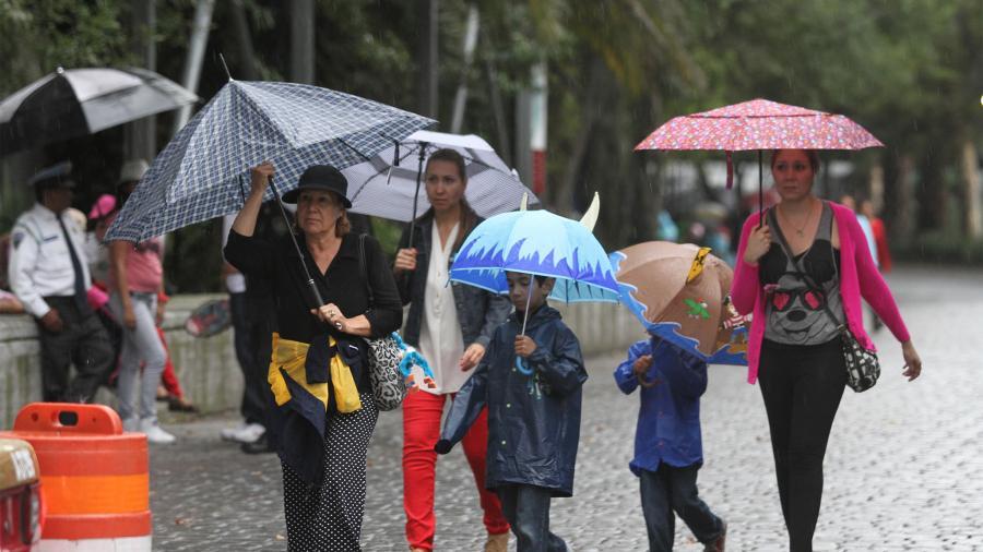 Este día, se pronostican lluvias puntuales muy fuertes en varios estados del país