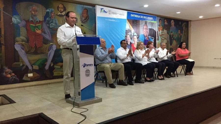 Se entregan micro créditos a emprendedores del sur de Tamaulipas