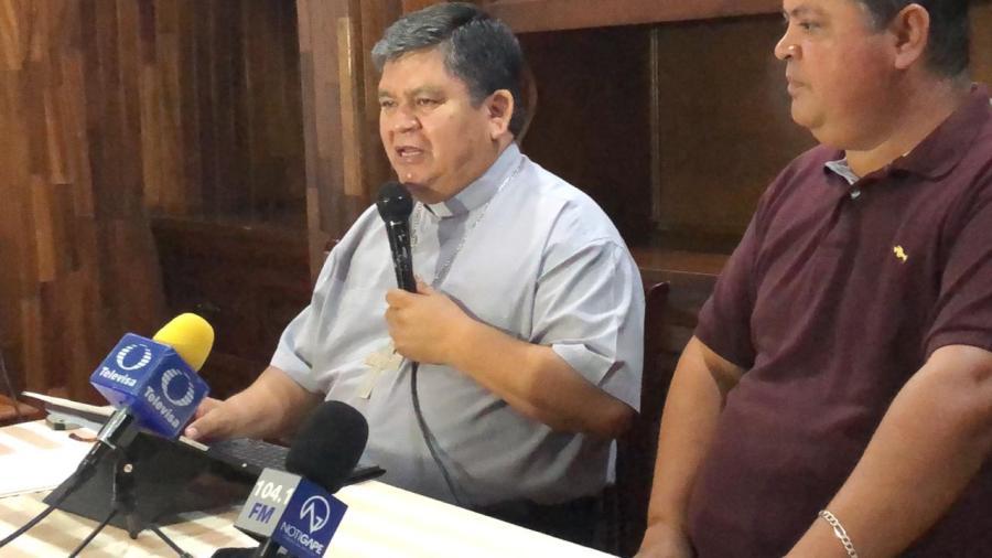 """""""El problema de la presencia de migrantes se va a complicar aún más"""": Obispo de Nuevo Laredo."""