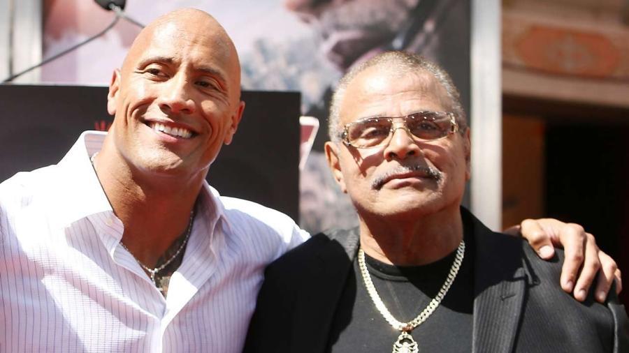 Fallece ídolo de la lucha Rocky Johnson, papá de 'The Rock'