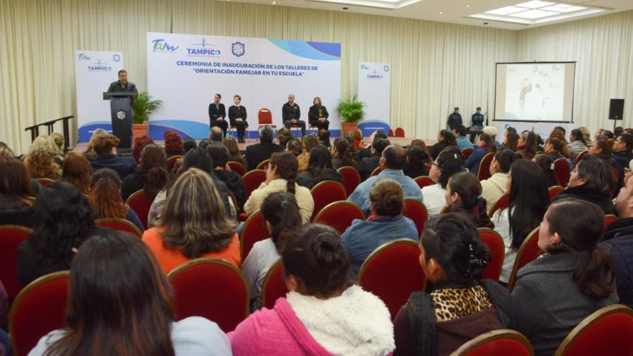 Inician Talleres de Orientación Familiar en 43 Escuelas de Tampico