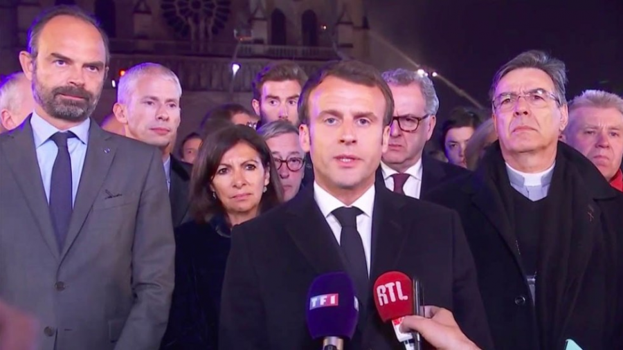 Primeras declaraciones del Presidente Macron tras la tragedia en Francia