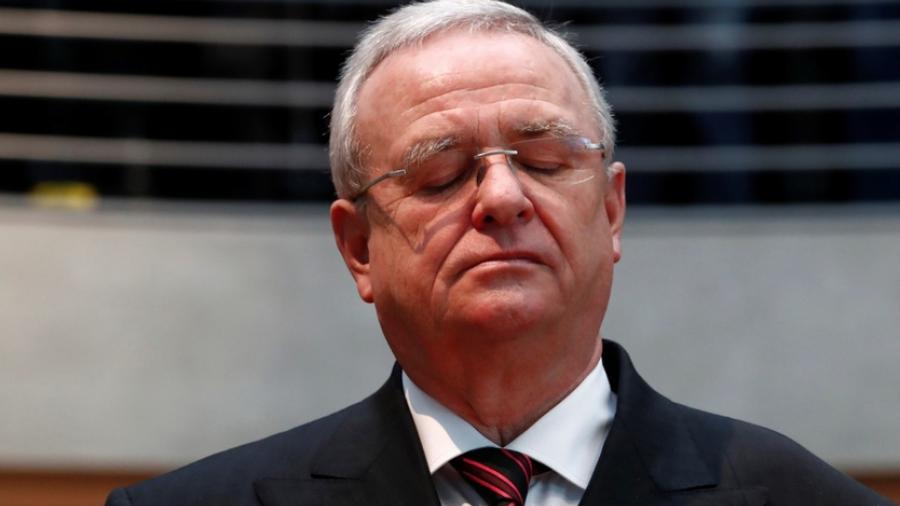 Expresidente de Volkswagen es acusado de fraude por fiscalía alemana