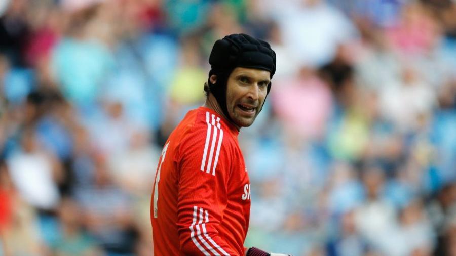 Peter Cech anuncia la fecha de su retiro
