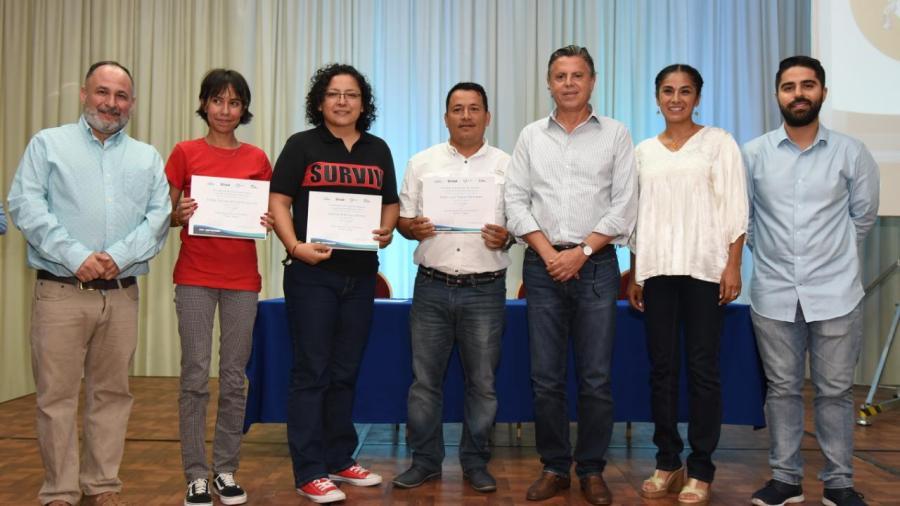 """Entrega Chucho Nader Premio Regional de Fotografía """"Nacho López"""""""