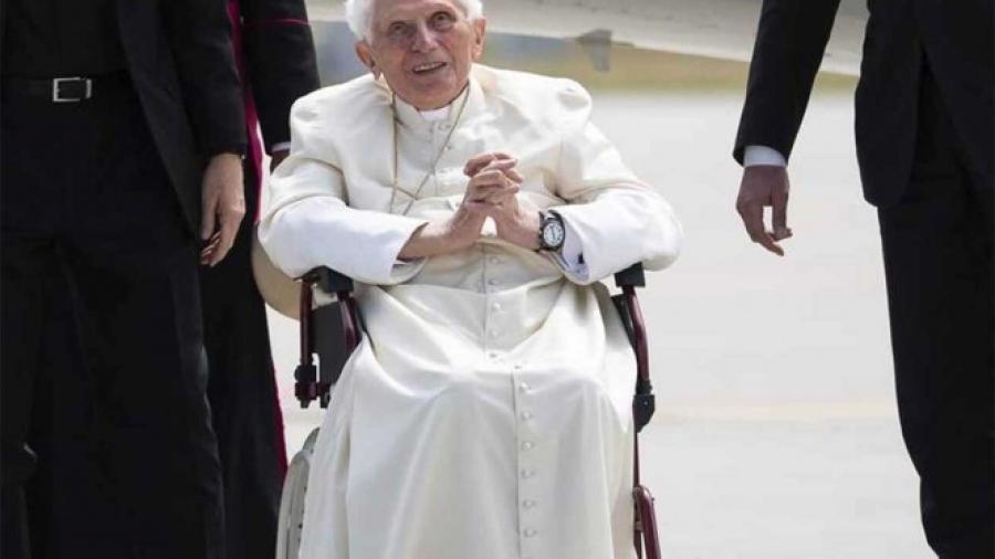 Vaticano asegura que salud de Benedicto XVI no es de preocupación