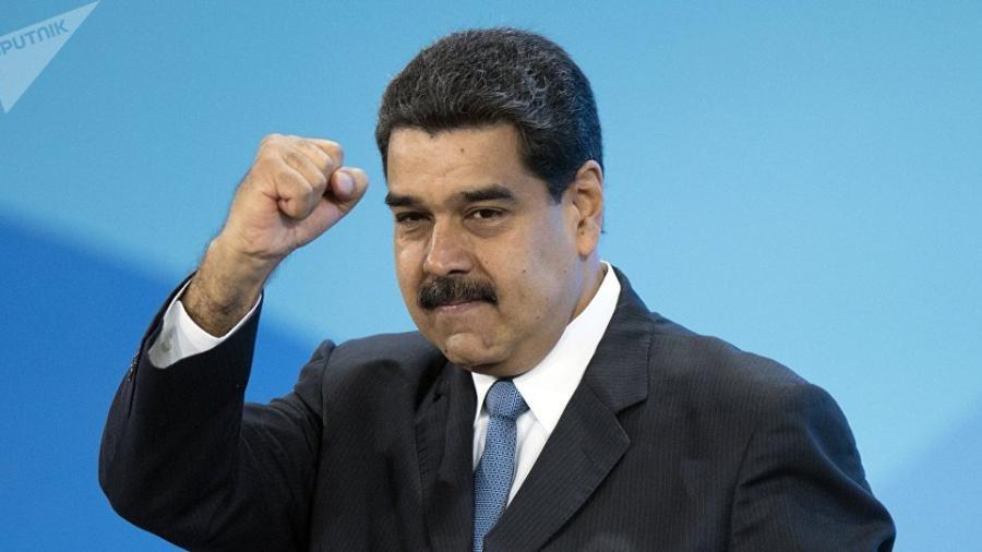 Autoriza Maduro 130 mdd en insumos y útiles escolares para Venezuela