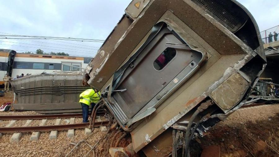 Accidente de tren en Portugal deja 2 muertos y 35 heridos