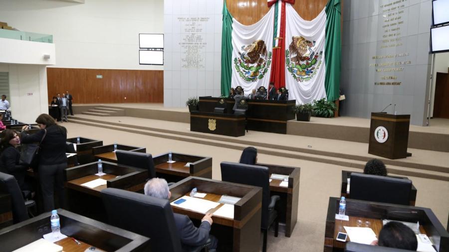En debate sobre feminicidios prevalecen colores entre legisladores