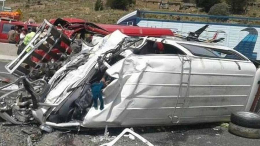 16 muertos tras accidente de tránsito en Bolivia