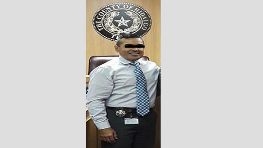 Acusan a alguacil de la corte de distribución de drogas