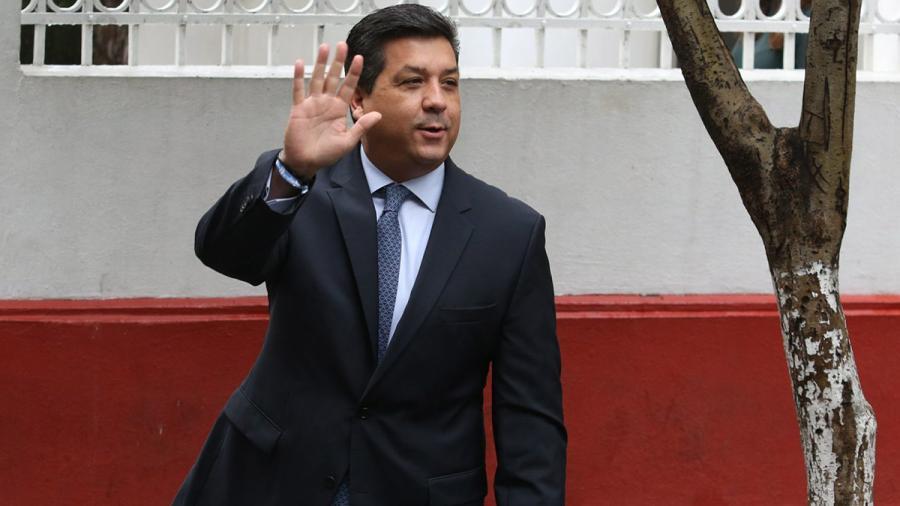 Ordenan jueces a UIF desbloquear bancarias de esposa y hermano de Gobernador de Tamaulipas