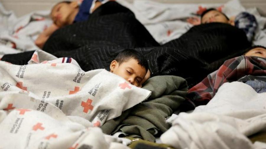EU inicia pruebas de ADN para reunir familiar migrantes