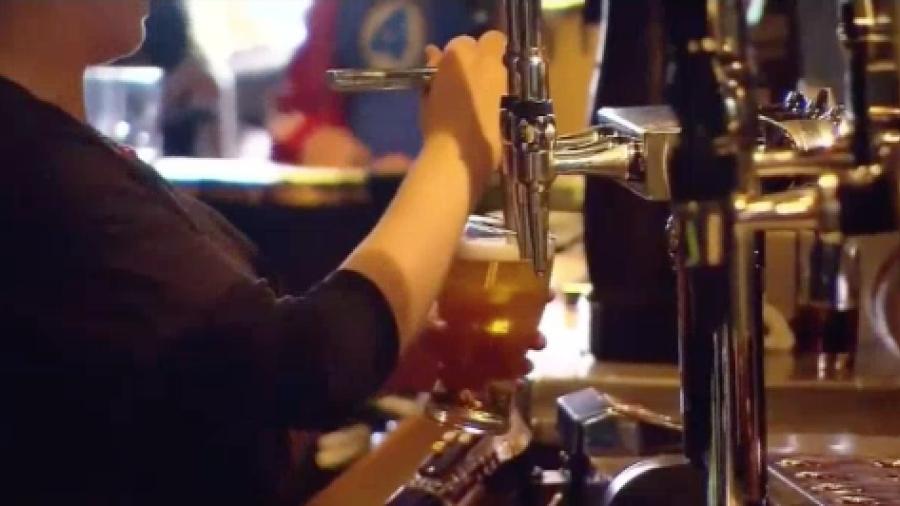 Detienen a once personas por vender alcohol a menores