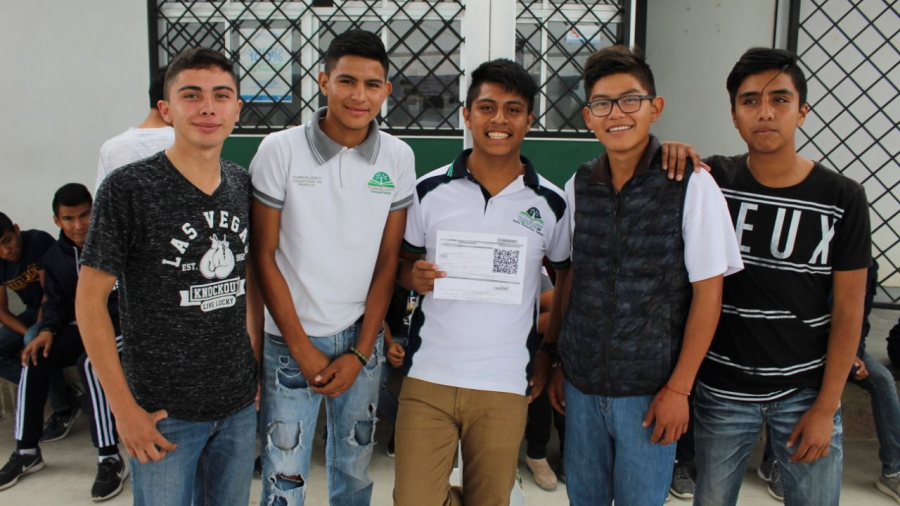Estudiantes tamaulipecos captan casi mil mdp en becas