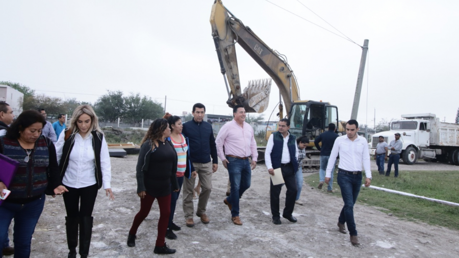 Realiza alcalde Mario López intenso trabajo en Matamoros