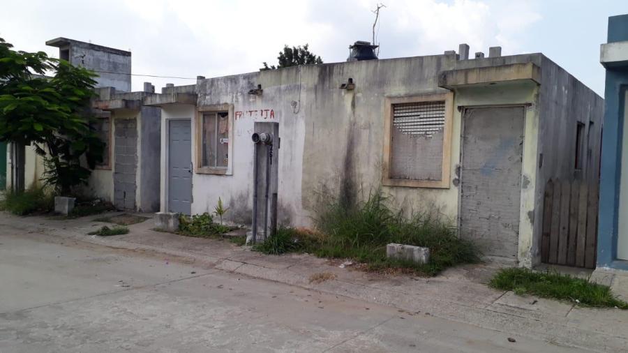 Casas abandonadas en fraccionamientos son bomba de tiempo