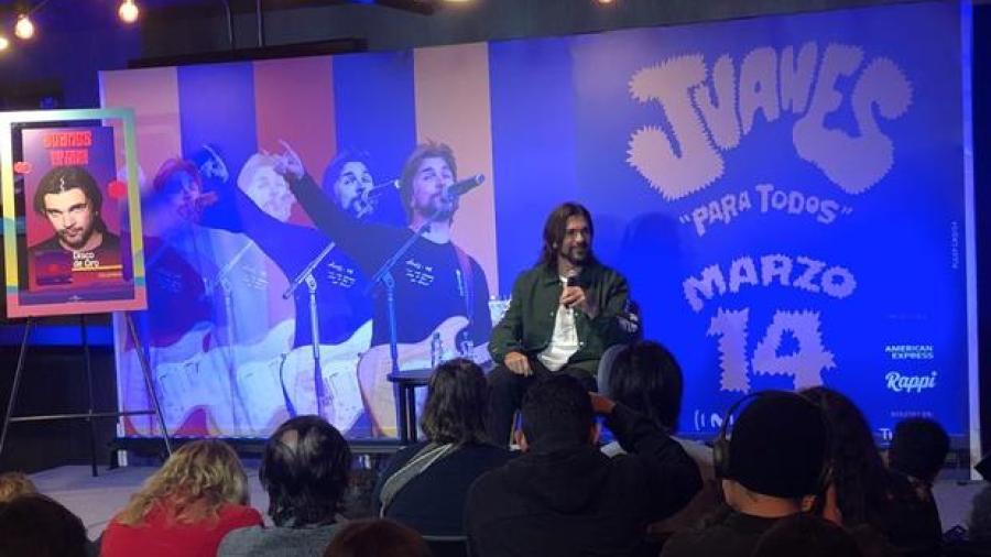 """Juanes presenta su nuevo álbum """"Más Futuro que Pasado"""""""