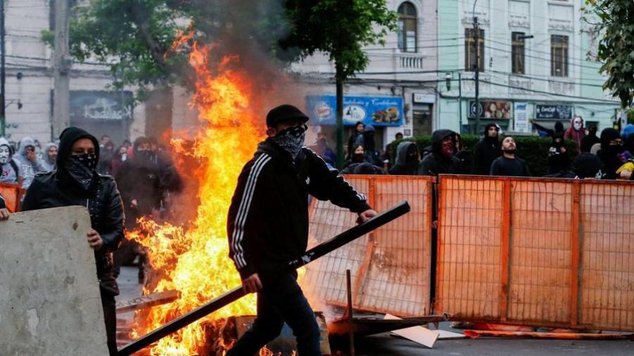Se eleva a 15 el número de muertos por las protestas en Chile