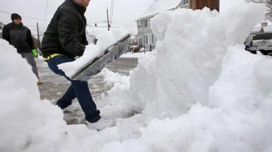 "3 muertos tras paso de tormenta invernal ""Harper"""