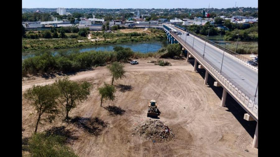 Campamento fronterizo de Texas se queda sin migrantes