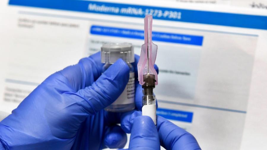 Vacuna contra COVID-19 estará disponible en abril para todos en EU: Trump