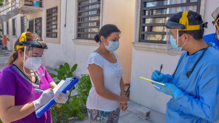 DIF Reynosa entregó apoyos a las familias de la colonia Villa Florida sector B