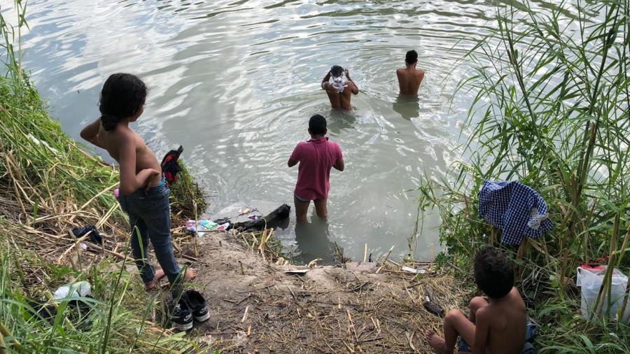 Engaña EU a migrantes que son retornados a Matamoros