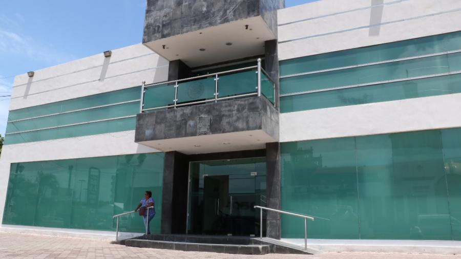 Autoridades resuelven situación administrativa de trabajadores