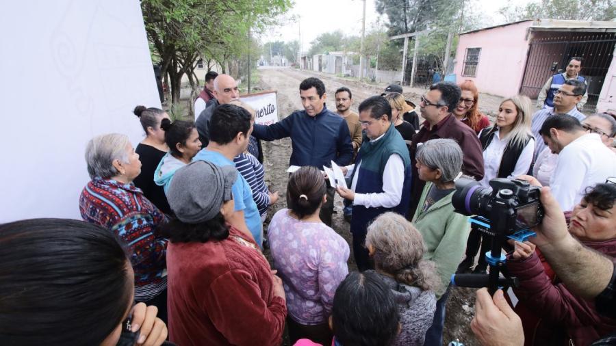 Serán los vecinos de las colonias, los fiscalizadores de las obras de pavimentación: Mario López