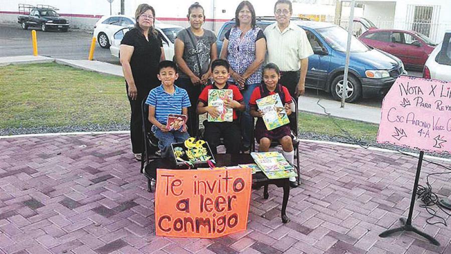 Inspectores desalojan a niños de la Plaza Simón Bolívar