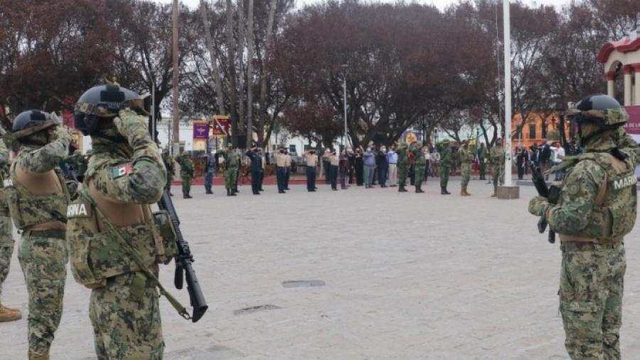 """Encabeza Alcalde de Matamoros conmemoración del """"Día de la Bandera"""""""