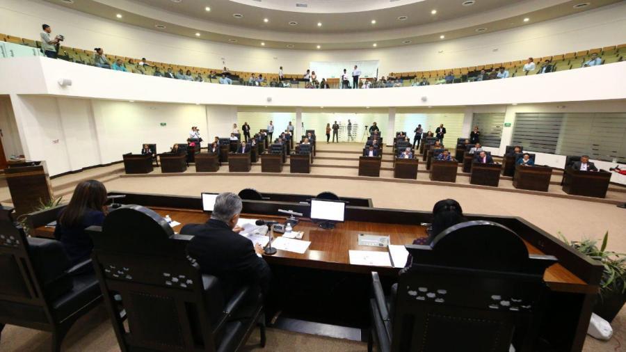 La posición del congreso es defender la soberanía, el gobernador sigue en sus funciones como tal: Héctor Escobar