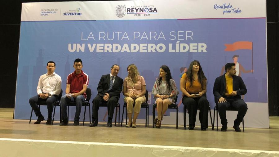 Orientan a jóvenes a través de 'La Ruta para ser un Verdadero Líder'
