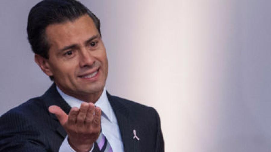 EPN le deseó éxito a los nuevos gobernadores de Tlaxcala y de Sinaloa