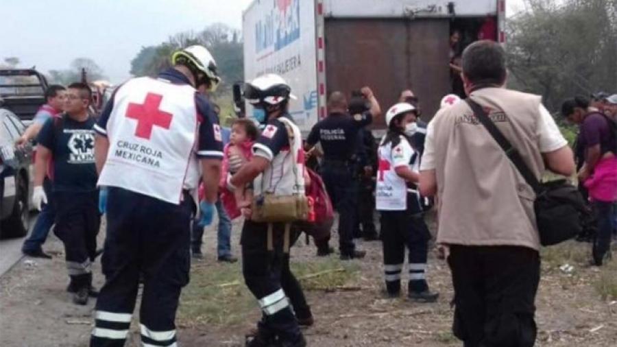Rescatan a 142 migrantes en Veracruz