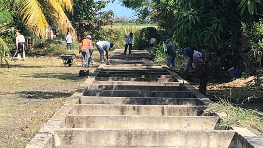 Continúa Madero con trabajos de limpieza y desazolve en canales
