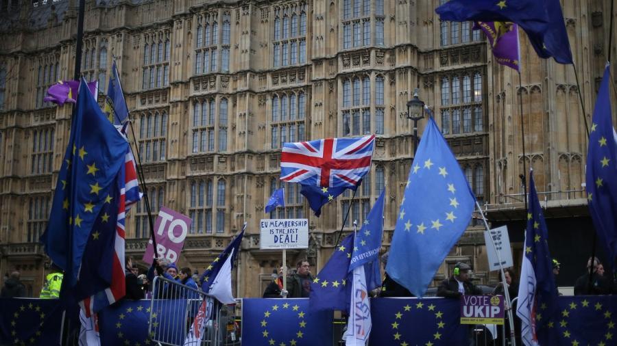 El Parlamento vota en contra de un Brexit sin acuerdo con la UE