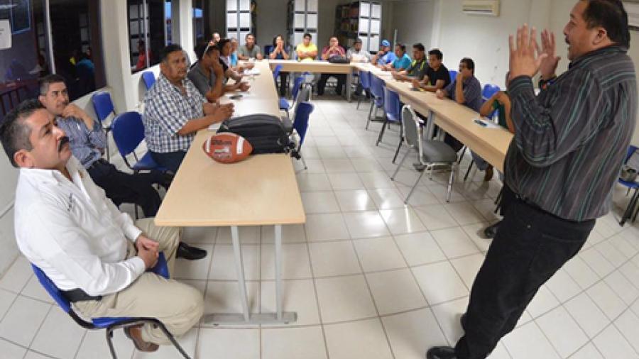 """Iniciarán liga municipal de """"Tochito Bandera"""" en Valle Hermoso"""