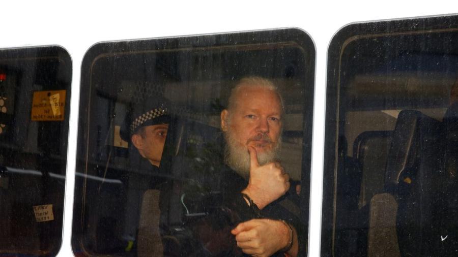 Julian Assange se declara inocente por denuncia de abuso sexual en 2012