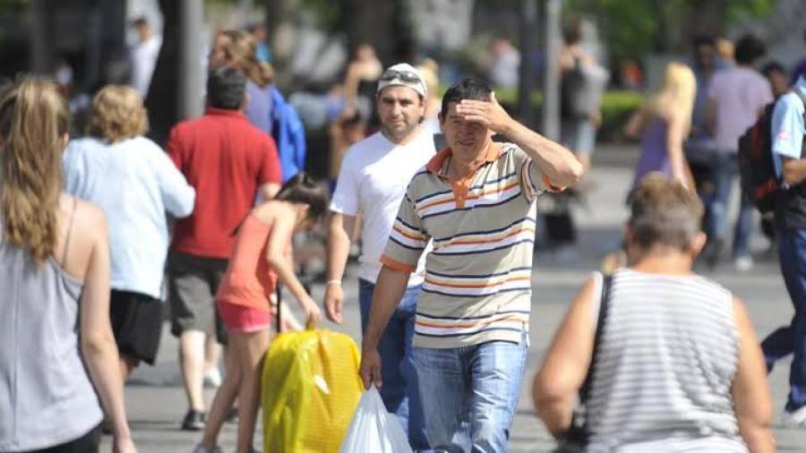 Prevén temperaturas calurosas en gran parte de México