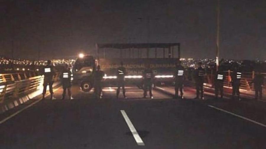 Bloqueo militar impide la entrada de ayuda en Venezuela