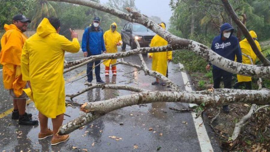 """Saldo blanco en Quintana Roo tras paso de """"Zeta"""""""