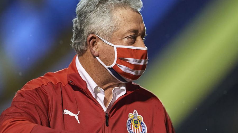 Víctor Manuel Vucetich seguirá siendo DT de Chivas