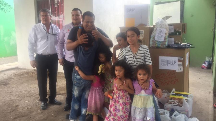 Entrega DIF Matamoros enceres domésticos a padre de 8 hijos