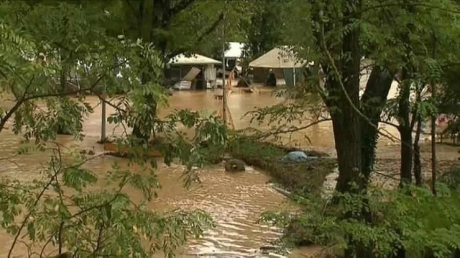 Desalojan a mil 600 personas en Francia por fuertes tormentas