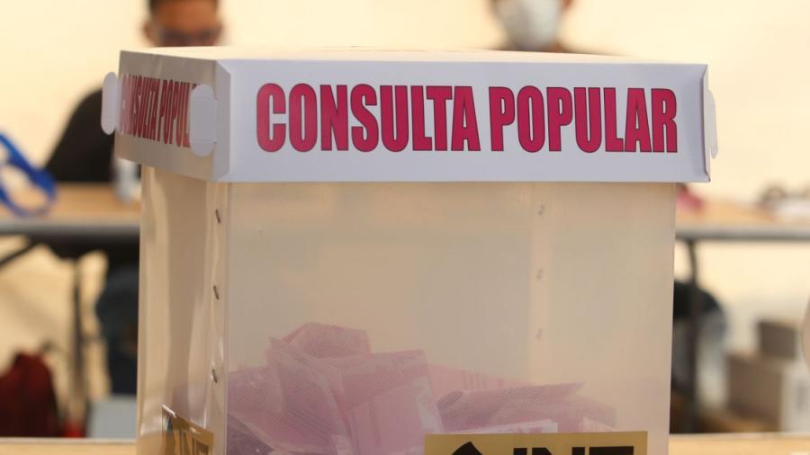 Inicia cierre de mesas receptoras de la Consulta Popular