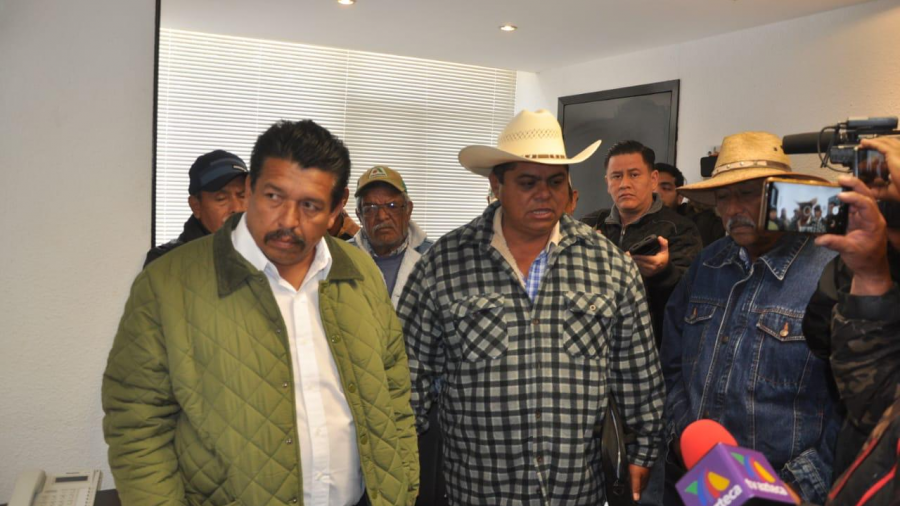 Toman productores oficinas de la SADER y amenazan con bloqueos de puertos y aeropuertos